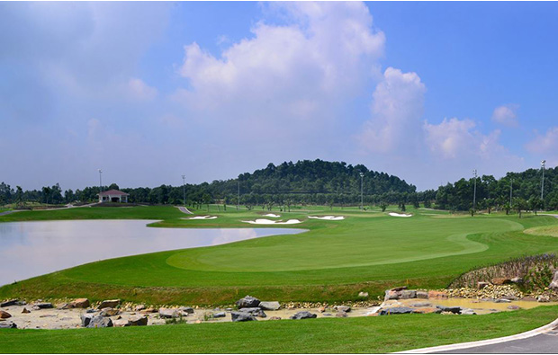 lakeside green, legend hill golf resort, hanoi, vietnam