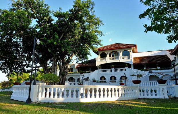 Luisita Golf and Country Club Clubhouse