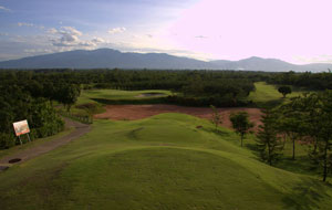 Mae Jo Golf Resort