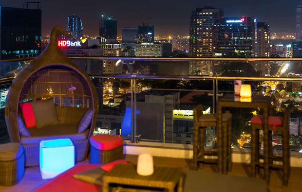 Novotel Saigon Centre Hotel Rooftop Bar