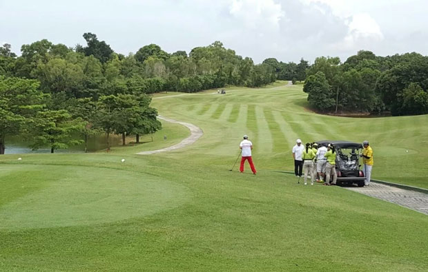 Padang Golf Sukajadi Teebox