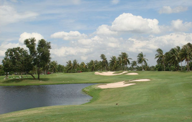 Panya Indra Golf Course fairway