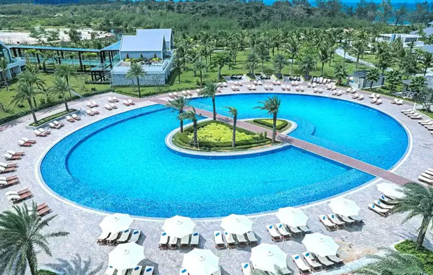 Radisson Blu Resort Phu Quoc Pool