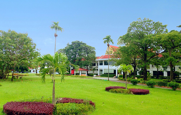 clubhouse royal-cambodia-phnom-penh-golf-club