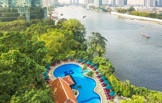 Royal Orchid Sheraton Hotel and Towers Pool