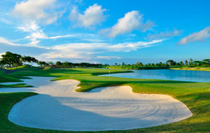 One of many bunkers at Sherwood Hills Golf Country Club, Manila, Philippines