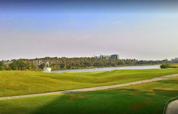 Singha Park Khon Kaen Golf Club Lake