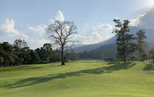 Soi Dao Highlands Golf Escape - Unlimited Golf