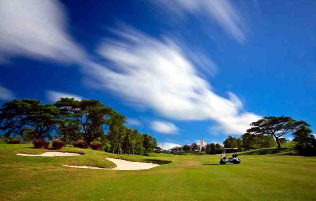 Splendido Taal Golf Club Bunkers