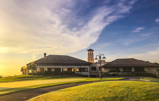 Splendido Taal Golf Club Clubhouse