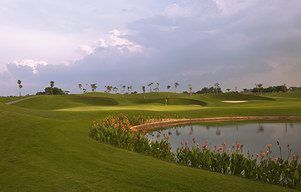 green, twin doves golf club, ho chi minh, vietnam