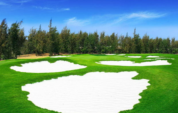 Vinpearl Golf Nam Hoi An Bunkers