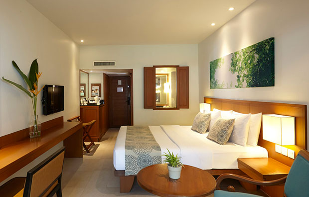 Woodlands Hotel and Resort Room